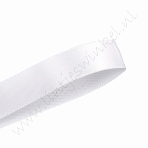 Satijnlint 6mm (rol 22 meter) - Wit (029)